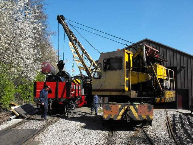 reg the scrapyard crane - photo #25